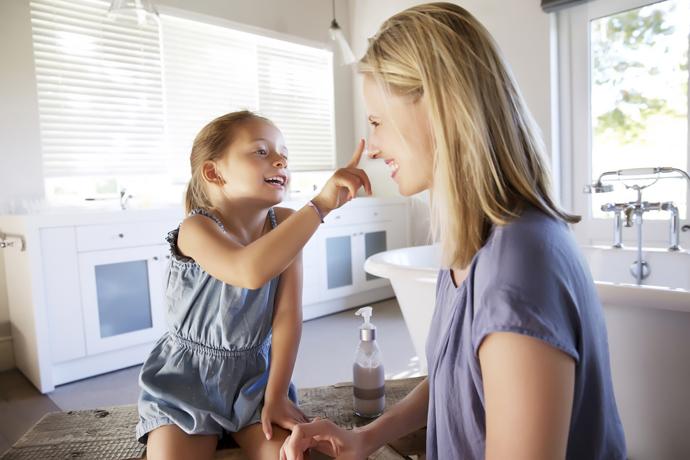 5. СЕМЕЙНЫЕ ТРАДИЦИИ  Дети любят спонтанность, но едва ли не больше они стремятся к событиям
