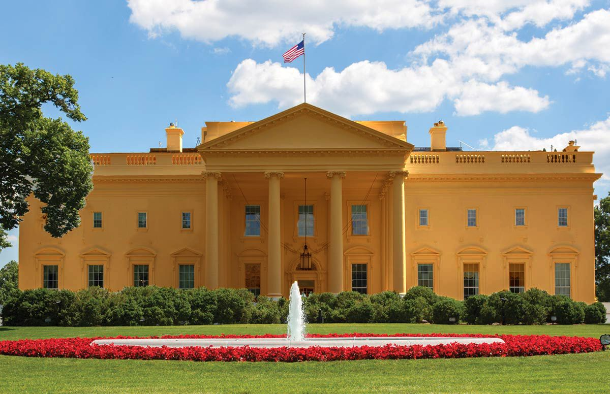 Белый дом, только немного более загорелый.