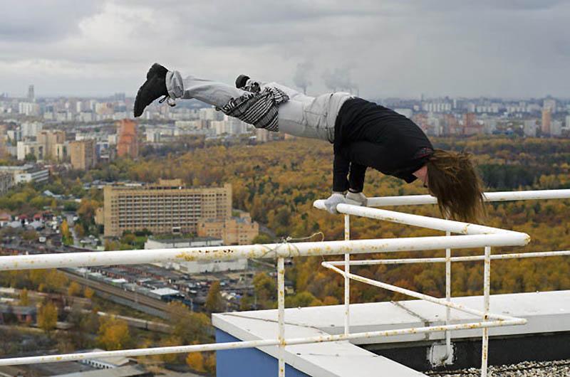 Экстремальный городской альпинизм в России (15 фото)