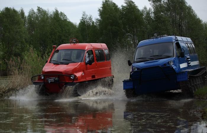 «Бобр» и «Ирбис» – российские вездеходы для охотников и рыболовов.
