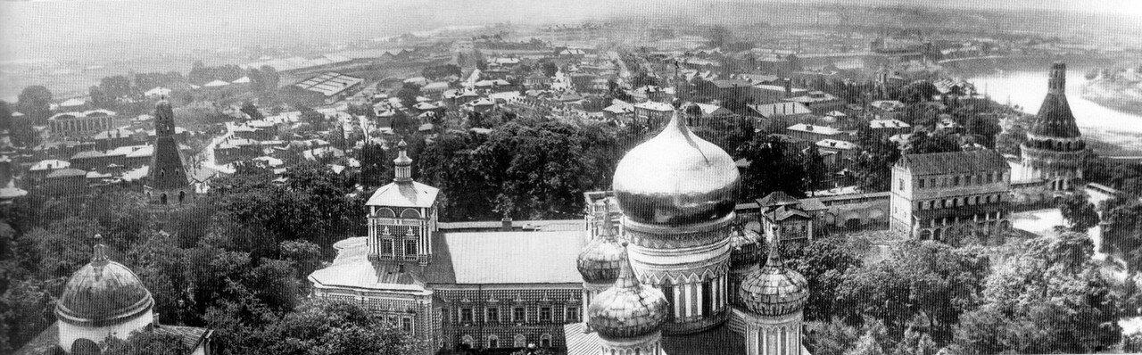 13160 Панорама южной части Симонова монастыря с колокольни 1920-е.jpg