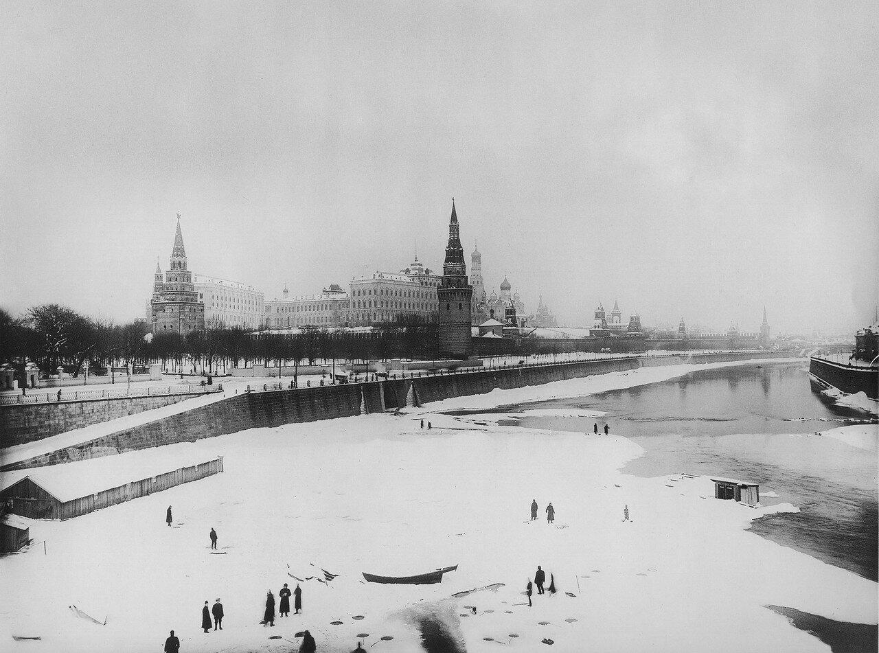 Вид Кремля. 1913