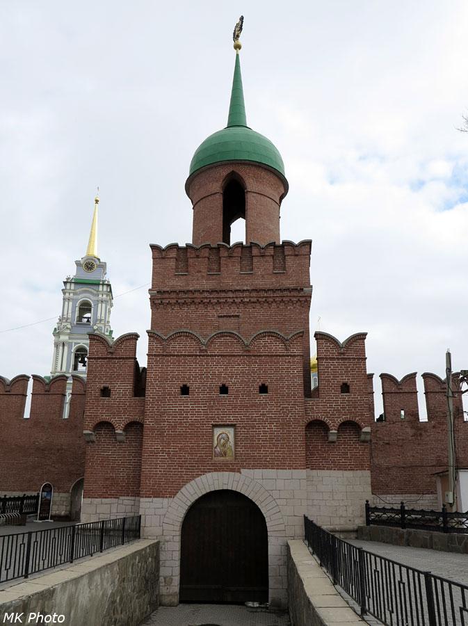 Закрытый въезд в кремль
