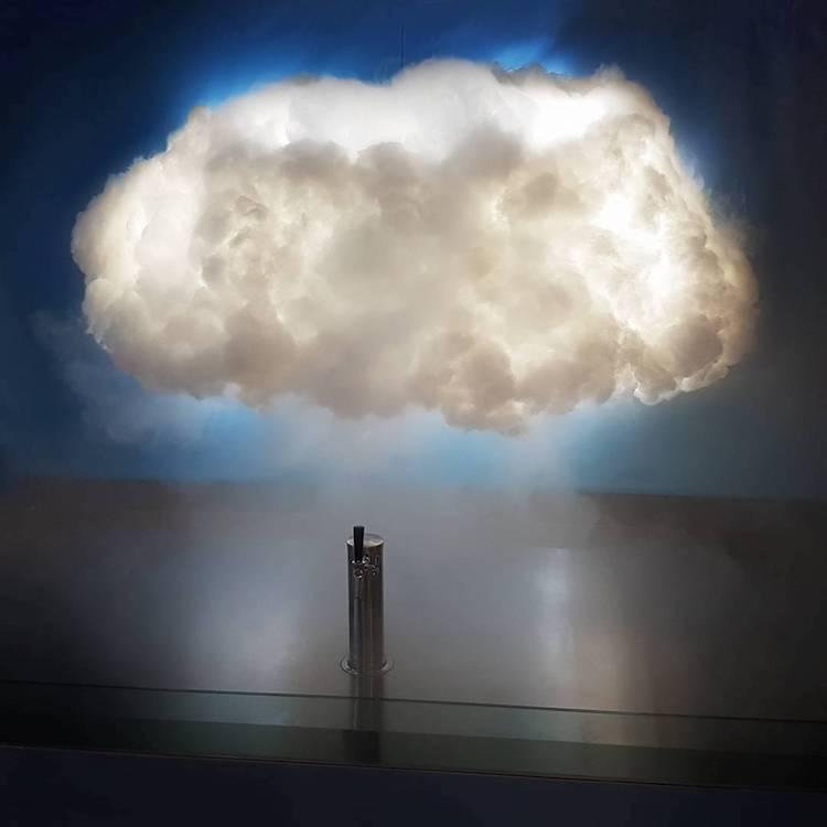Рекламный трюк - облако текилы