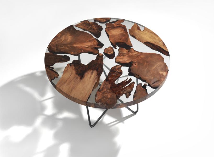 Стол с частями дерева возрастом 50000 лет (8 фото)