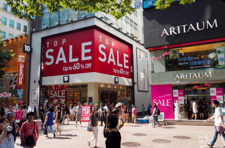 Помимо супермаркетов, магазинов и брендовых бутиков в Корее есть множество рынков, на которых можно