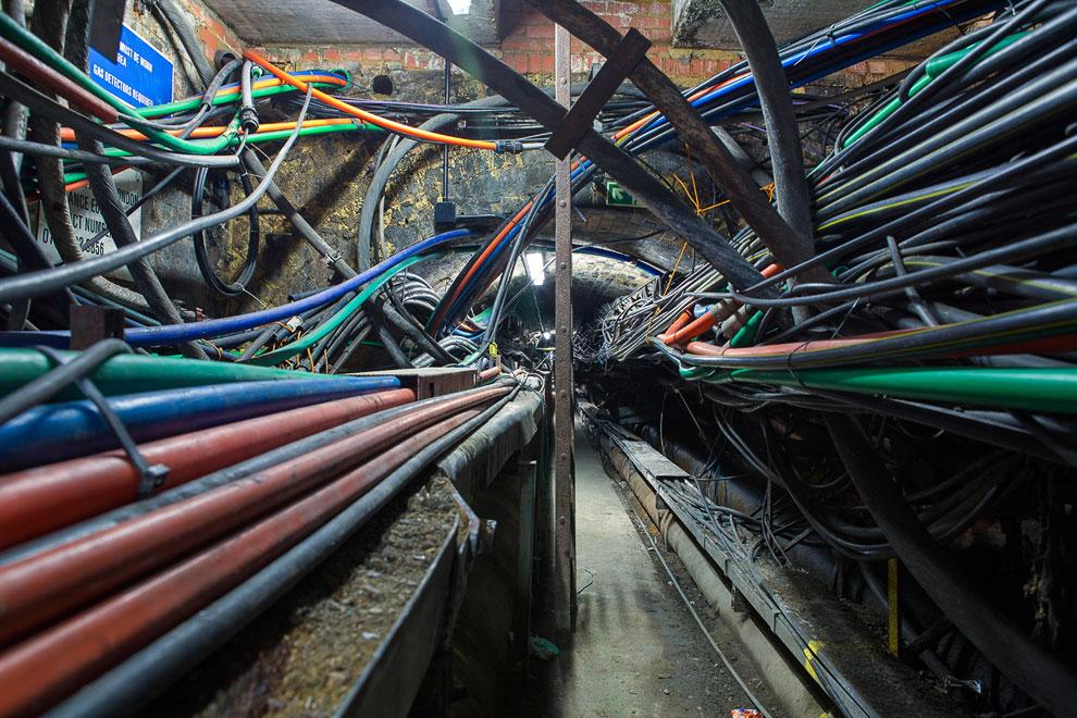 Наверху 25-этажного офисного центра The Shard («Осколок»), Южный Лондон, Великобритания. Церемо