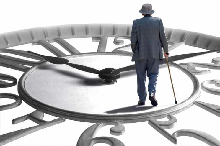 В преклонном возрасте избыточный вес продлевает жизнь— Ученые