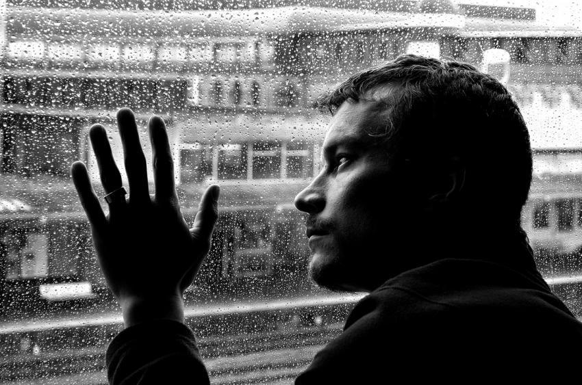 Ученые: Депрессия напрямую связана схроническими заболеваниями детства