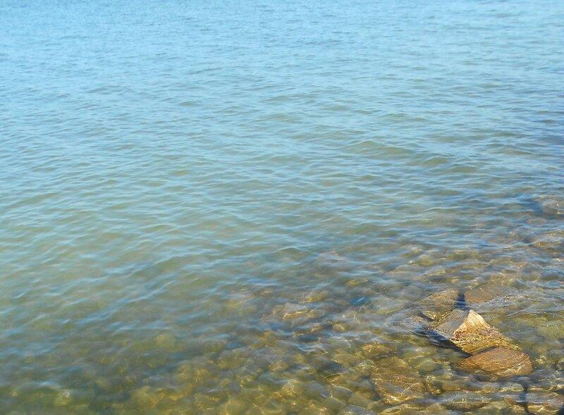 Прозрачность мартовской спокойной воды Азовского моря ... DSCN1247.JPG