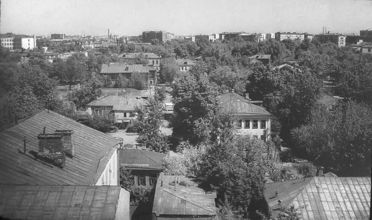 303173 Вид на дворы Марксистской  улицы и северо-восток  Москвы Владимир Гудков 69-71.jpg