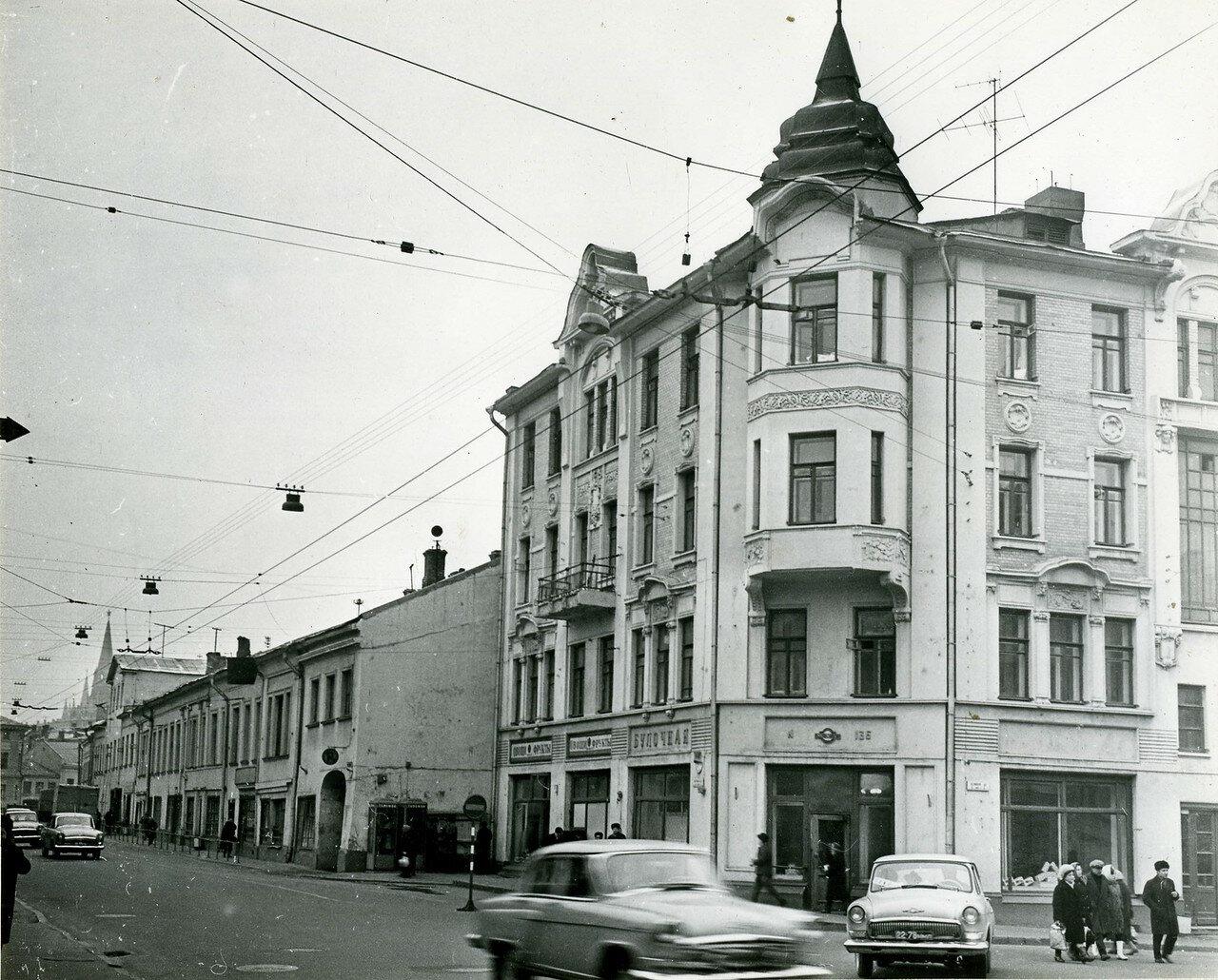 290781 ул Волхонка 7 нач. 70-х.jpg
