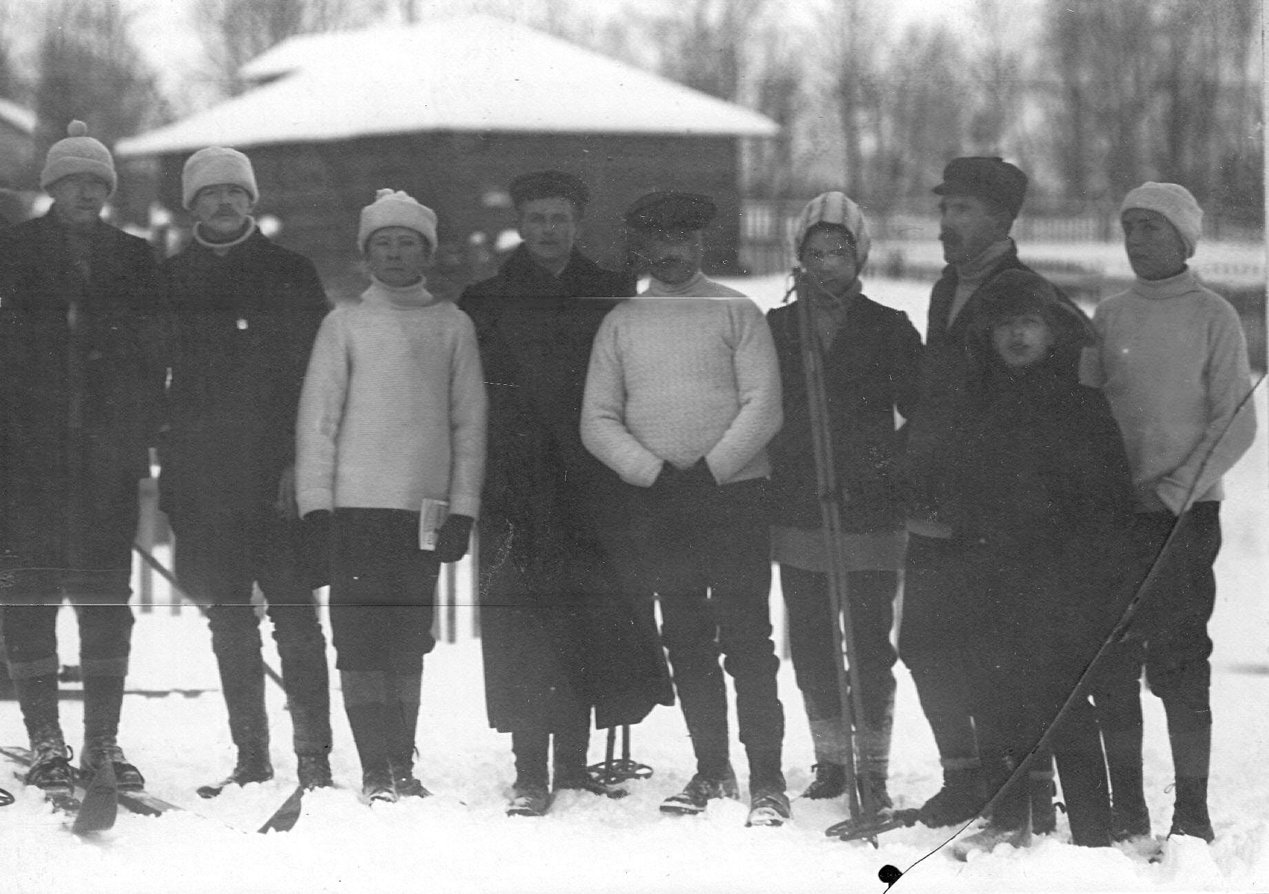 Группа участников состязаний