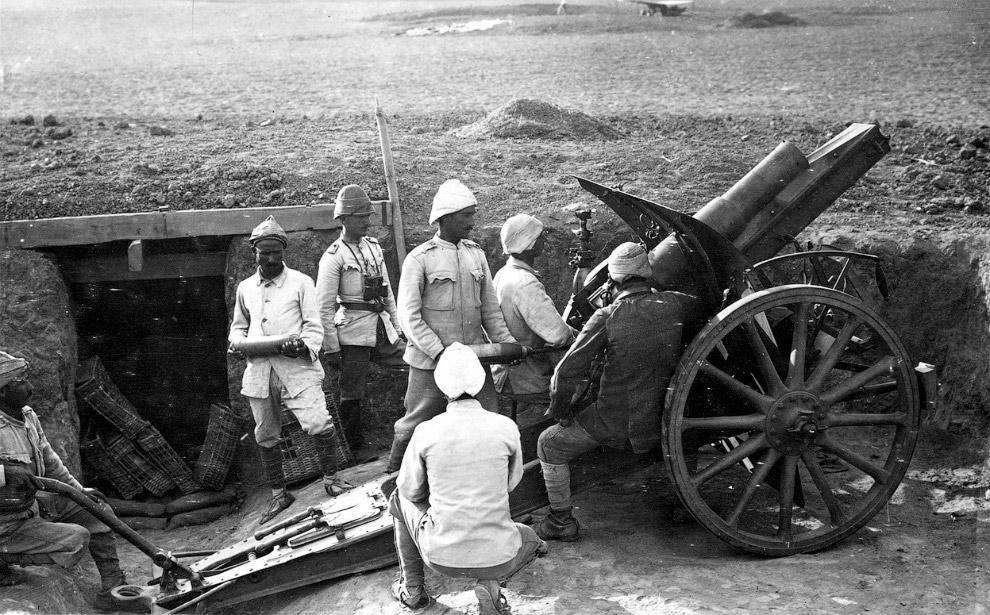 Ирландцы в противогазах, 1916 год. (Фото Nationaal Archief):
