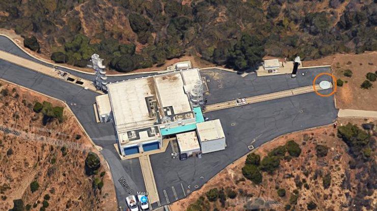 Натерритории секретной военной лаборатории NASA замечена летающая тарелка