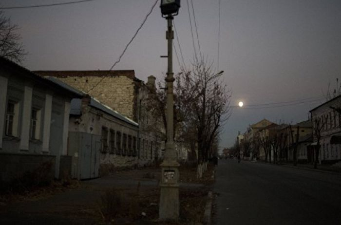 «ЛНР» подозревает, что главный врач  клиники  Луганска «замуровал» краденные лекарства
