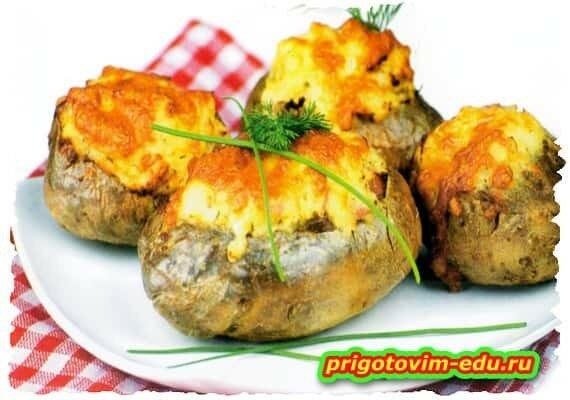 Картофель фаршированный ,запечённый в духовке