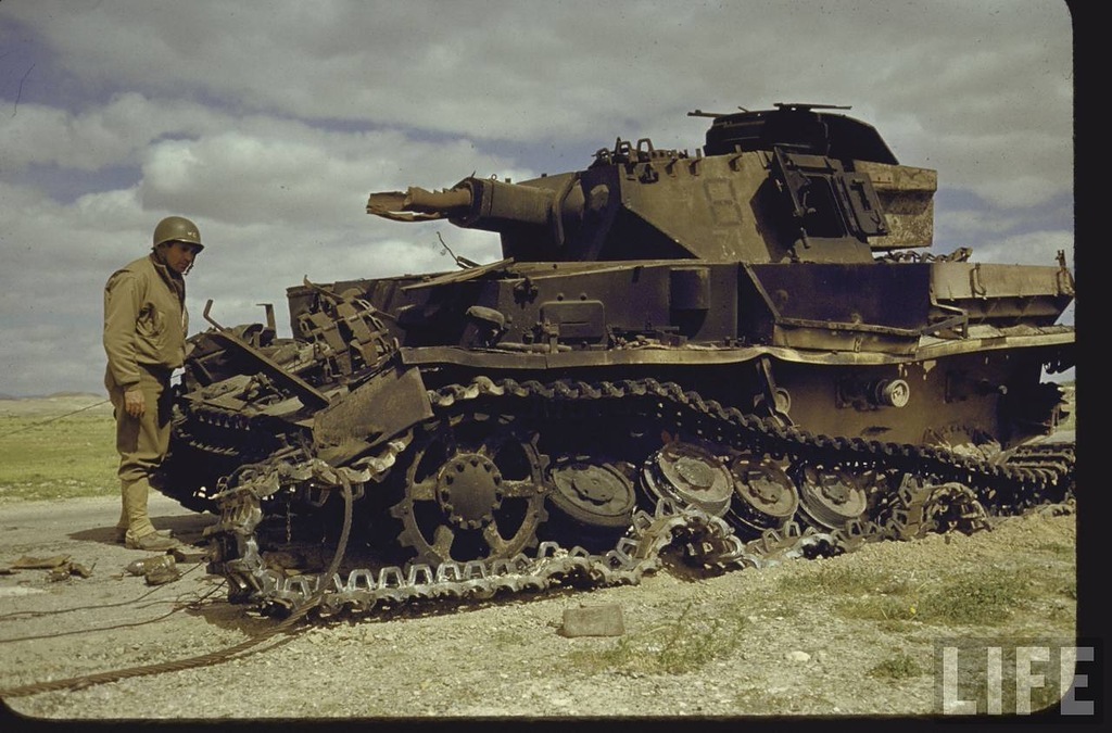 Color Photos of Tunisia and Libya in the North African Campaign of World War II, 1943 (4).jpg