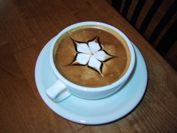 Прикольные рисунки на кофе