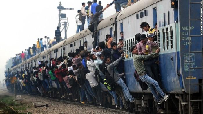 В жаркой стране стоит ожидать того, что в поезд придется