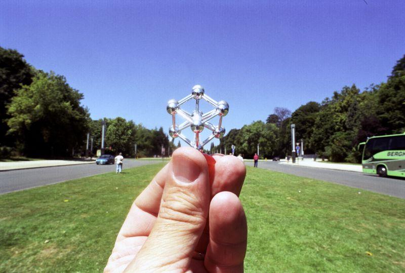 7. Атомиум — одна из главных достопримечательностей и символ Брюсселя.