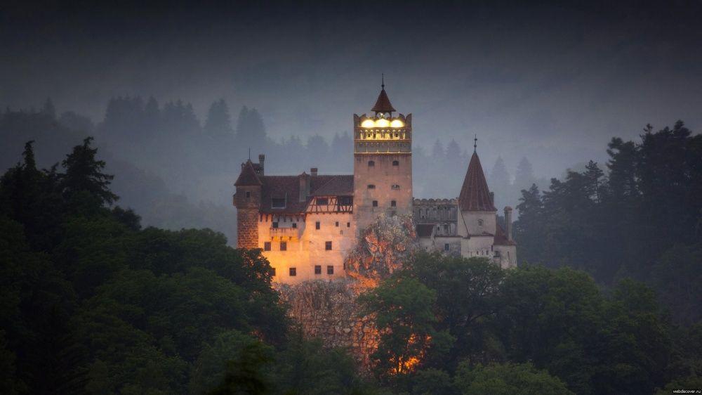 16. Замок Бран, Румыния Замок Бран — это жемчужина Трансильвании, таинственный музей-форт, где родил