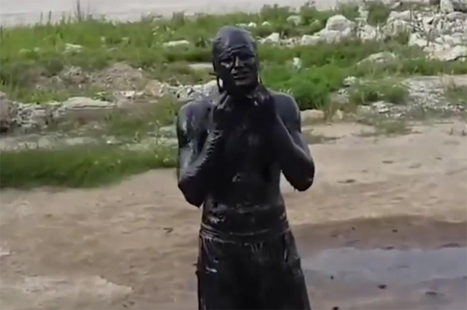 Человек ослеп после прыжка вбассейн смазутом