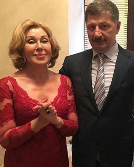 Экс-мэра Буйнакска Гусейн Гамзатов потратил насвадьбу сына целое состояние