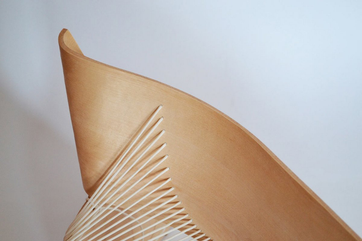 Деревянная софа от Akos Huber