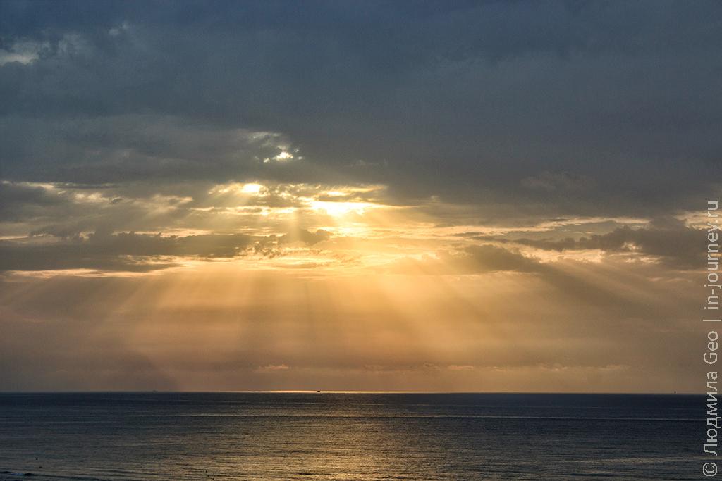 небо в Тунисе в сентябре