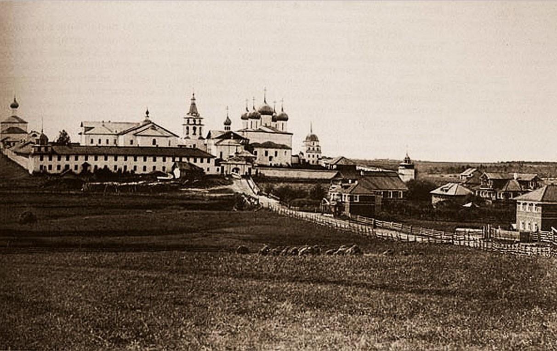 Корнилиево-Комельский Введенский монастырь