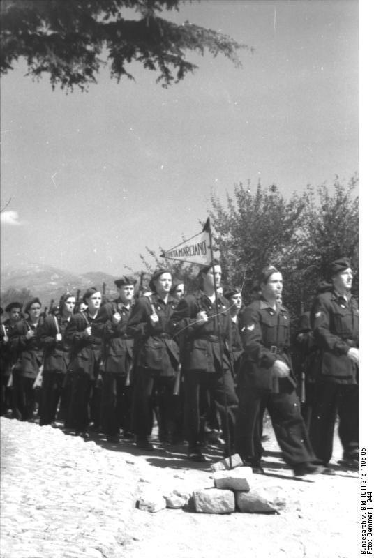 Italien, italienische Soldaten auf dem Marsch