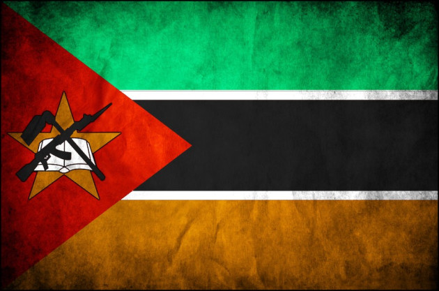 mozambique_grunge_flag_by_al_zoro.jpg