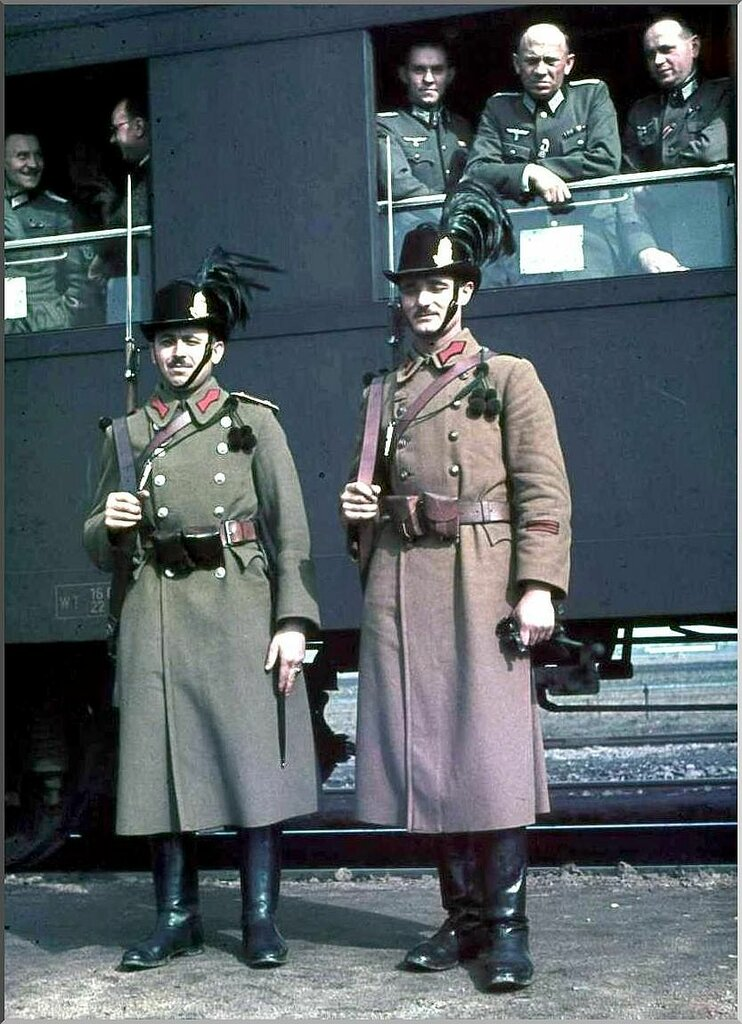 1941 Hungarians.jpg