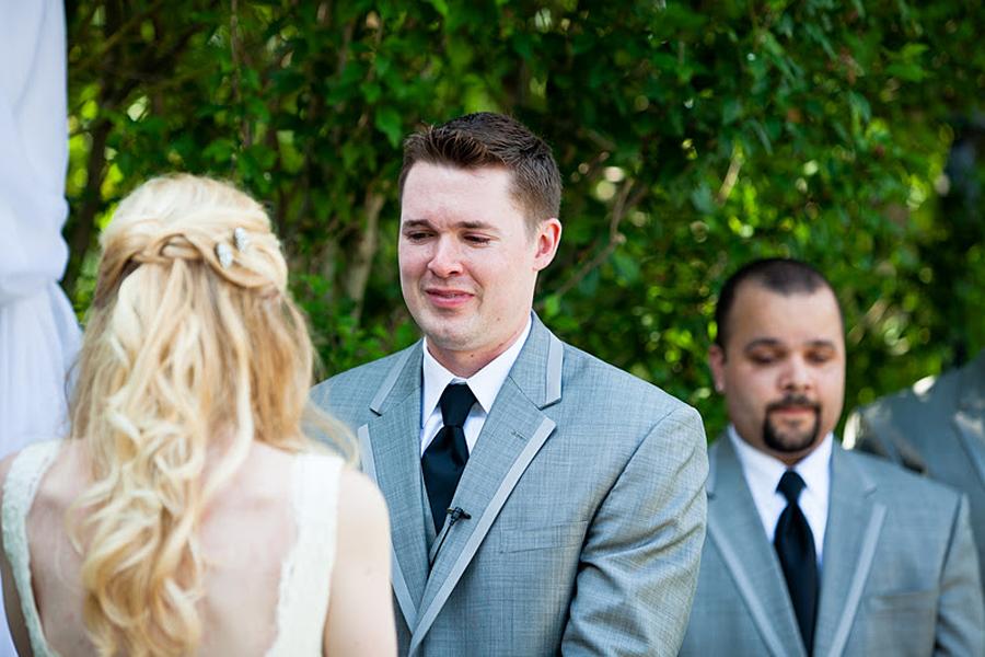большие сиськи свидетель трахает невесту