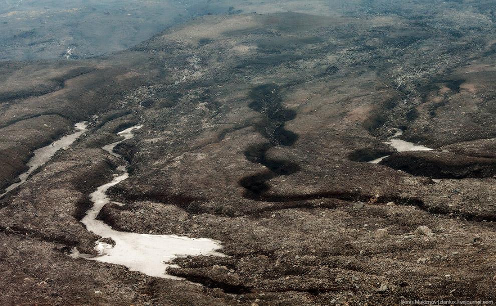 11. Ледяная пещера. Также смотрите « Снежные пещеры Камчатки ».