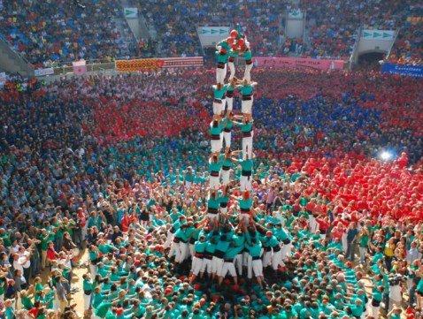 Для многих Испания представляет собой место соревнований и мероприятий, в ходе которых люди получают