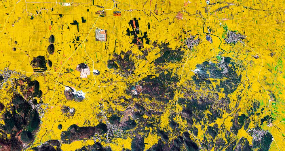 9. Железорудное месторождение в Западной Австралии. Идет добыча полезных ископаемых. (Фото Benj
