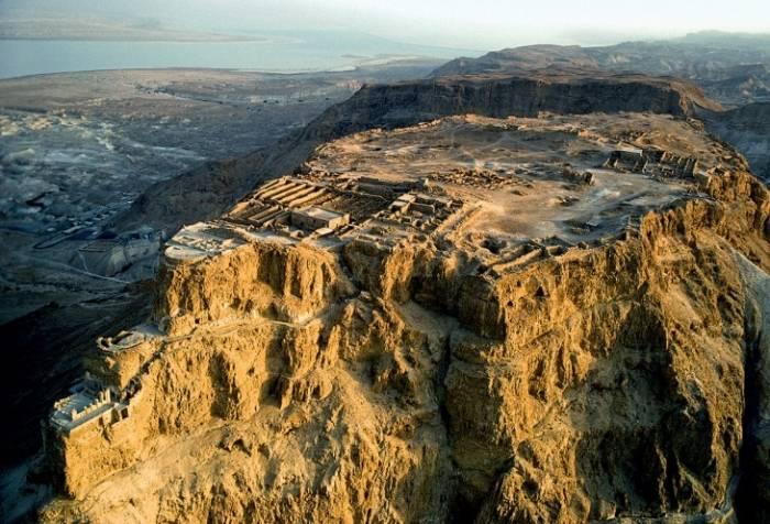 Порт Яффа Главный порт древнего Израиля и один из старейших непрерывно обитаемых городов мира. По ле