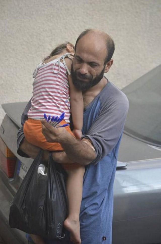 Эта фотография разлетелась по интернету более недели назад. На ней палестинский беженец Абдул Халим
