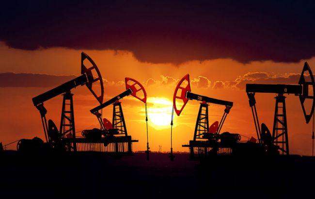 Нефть дешевеет наукреплении доллара