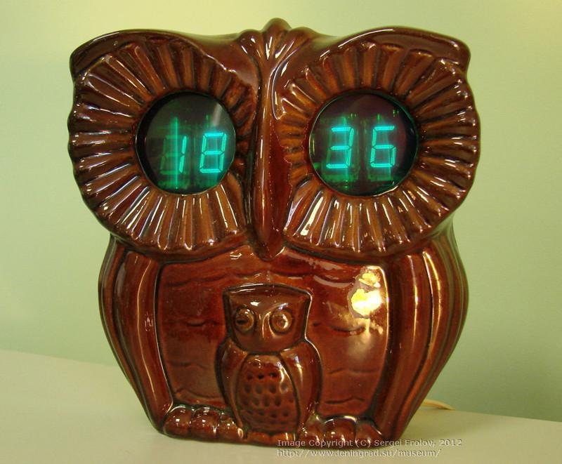 «Сова» — электронные часы с будильником. 1987 год. Цена – 34 руб