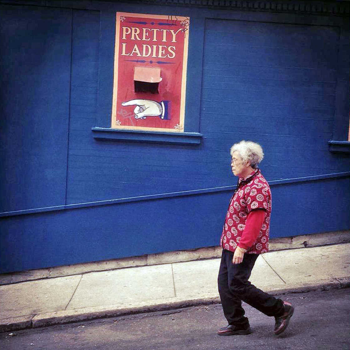 Unusual Life - The twisted street photography of Bryan Stokely