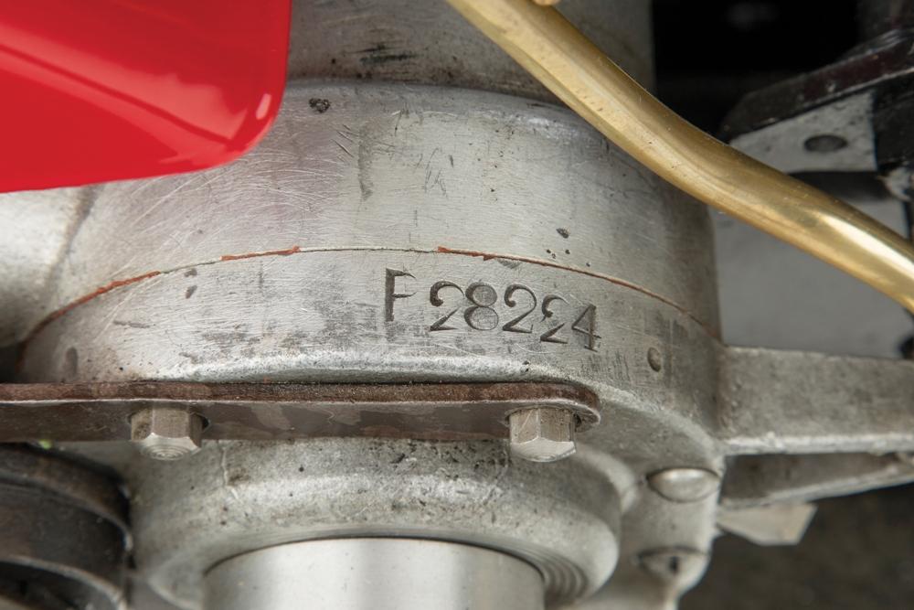 Гоночный мотоцикл Scuderia Ferrari Rudge 500TT