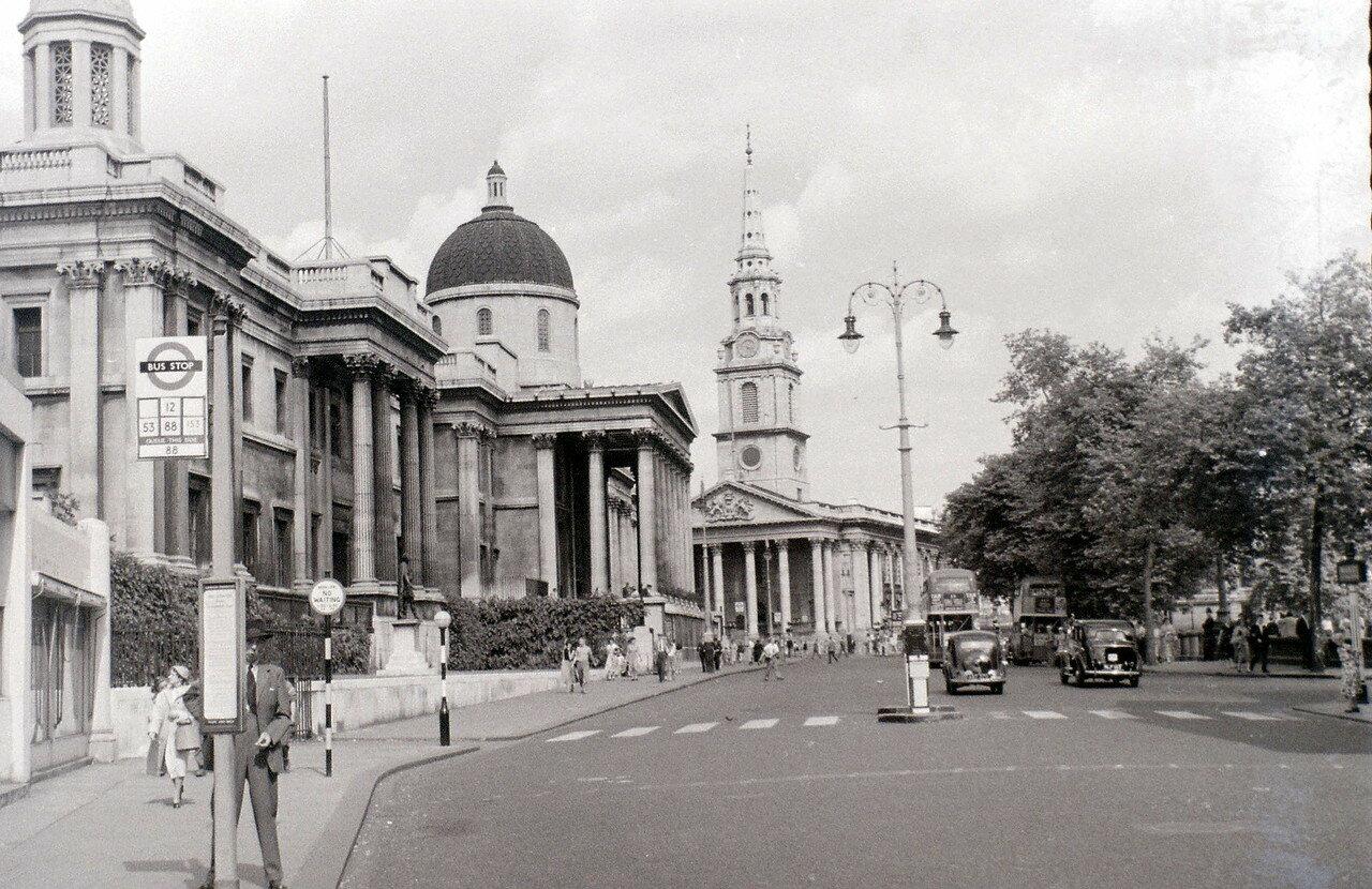 Лондонская национальная галерея и Центральный колледж искусства и дизайна им. Святого Мартина на Трафальгарской площади