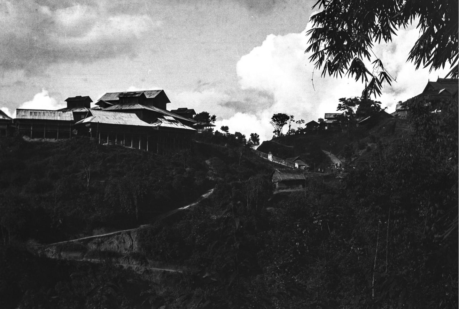 908. Нансхан. Монастырь на горе