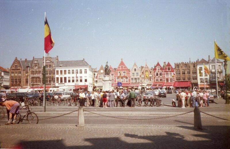 1996 Bruegge markt.jpg