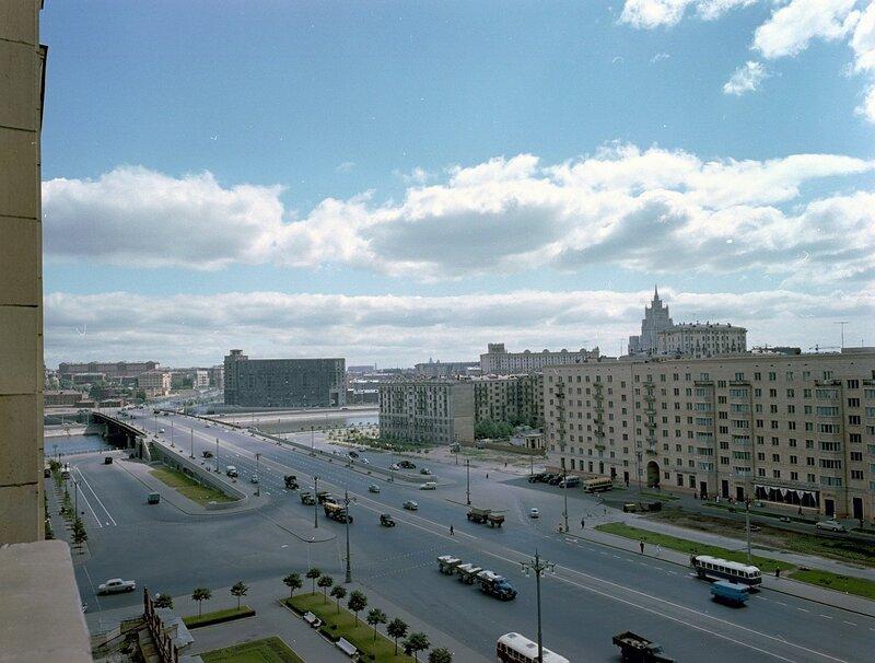 1960 Вид из гостиницы Украина Wolfgang G. Schroeter.jpg