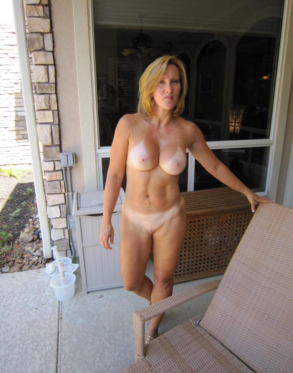 все картинки голых зрелых женщин девушку, чтобы