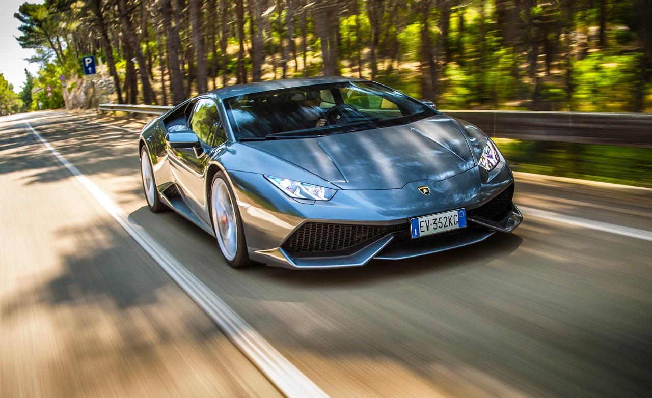 Это рекорд: Lamborghini «идет вмассы»